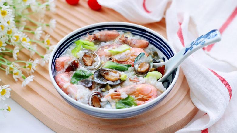 海鲜皮蛋粥