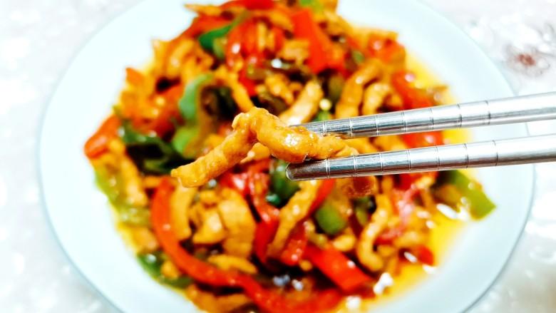 彩椒炒肉丝,鲜嫩可口的一道下饭菜!