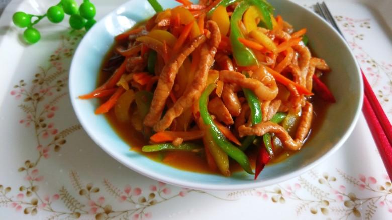 彩椒炒肉丝,彩椒炒肉丝。