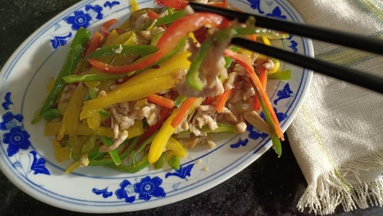 彩椒炒肉丝,成品2