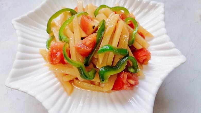 西红柿炒土豆丝,装盘
