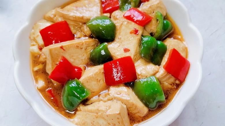 酸辣豆腐,装盘