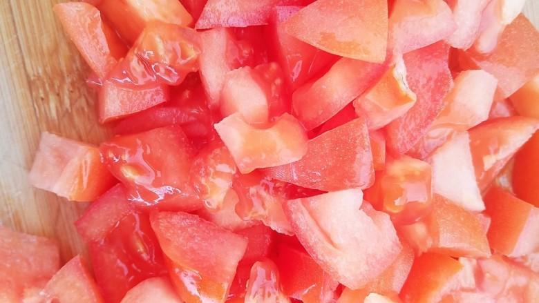 西红柿炒土豆丝,一个<a style='color:red;display:inline-block;' href='/shicai/ 3551'>西红柿</a>切成小丁