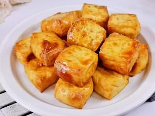 酸辣豆腐,装盘即可享用,简单又好吃。