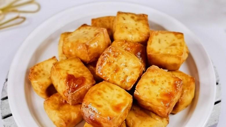 酸辣豆腐,色香味俱全,烤了一块豆腐没够吃!