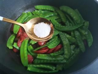 荷兰豆炒火腿,加盐,
