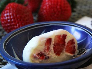 草莓雪梅娘