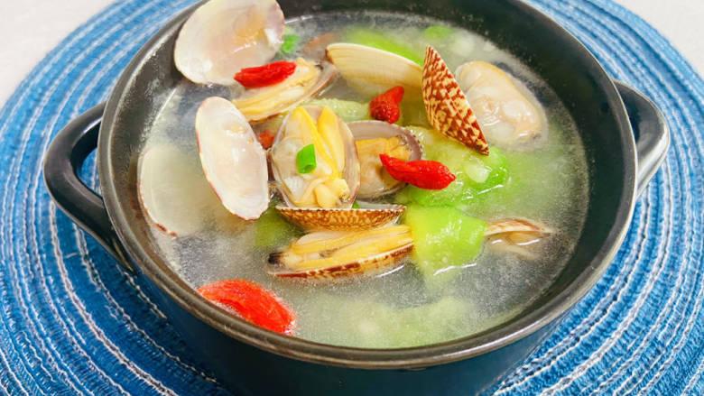 花蛤丝瓜汤,文蛤丝瓜汤成品图
