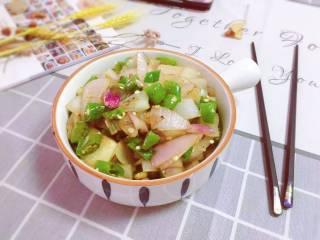 洋葱炒青椒,出锅