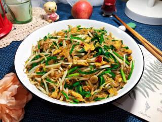 韭菜豆芽炒粉丝➕韭菜豆芽鸡蛋炒粉条,成品,这道小炒,做法简单,口感丰富,美味下饭,喜欢的小伙伴一起来试试吧😄