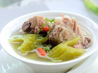 凉瓜排骨汤
