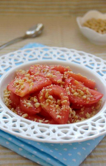 老少皆宜的夏日爽口菜—松仁番茄