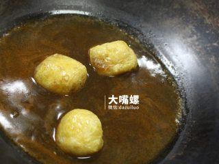 正宗柳州螺蛳粉丨大嘴螺,豆腐泡,所谓的螺蛳粉标配,因为其能完美的融入螺蛳粉的汤汁,煮煮更进味哦