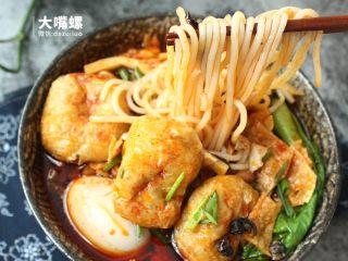 正宗柳州螺蛳粉丨大嘴螺,嗦起来,吃一口就忘不了的味道,真正的尝不忘