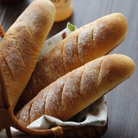 """越嚼越香的""""核仁葡萄干全麦面包棍"""""""