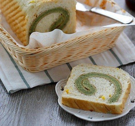 体会不一样的口感----绿茶蛋糕面包