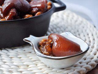 黄豆烧猪蹄,满满的胶原蛋白,喜欢吗?