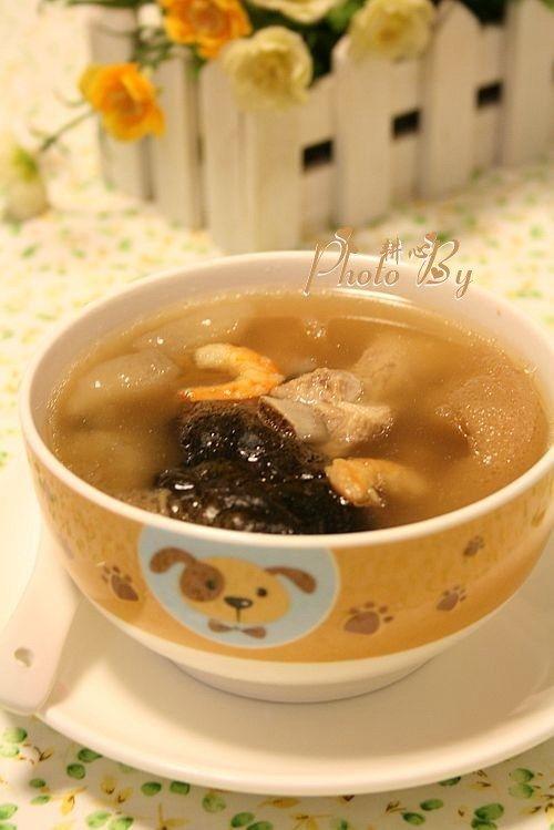 海参竹荪汤