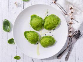 豌豆苗树叶饺子,把美食吃出艺术感
