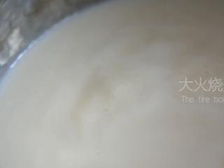 0厨艺也能轻松搞定的甜点——木瓜牛奶冻,大火烧开