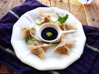 苦瓜饺子,吃的时候蘸点日式酱油与芥末酱