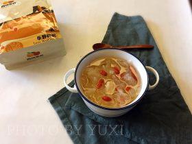 强心益气,滋补美容的银耳百合枸杞汤