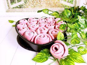 豆沙玫瑰花包
