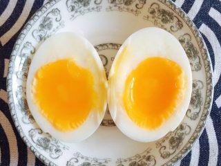 初夏的小清新——豆乳凉面,完美的溏心蛋就做好了!