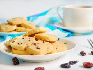 酸奶蔓越莓饼干,简单的材料也可以做出不简单的美味哦!