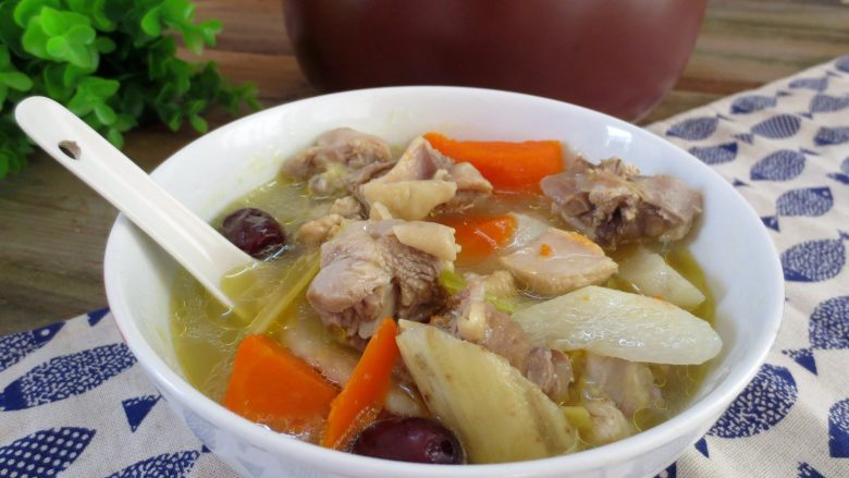 淮山煲鸡汤