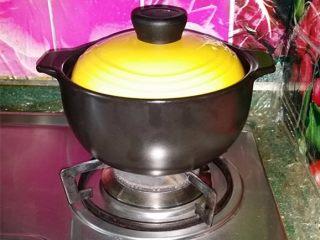 绿豆汤,加盖继续闷15~20分钟