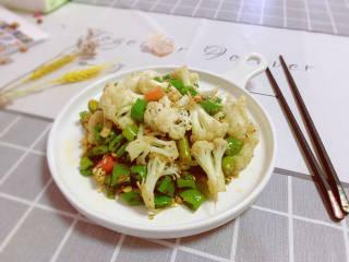 椒盐花菜,成品