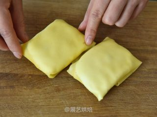 【烘焙食谱】芒果班戟 │展艺烘焙,包好收口朝下放置即可