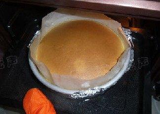 起司蛋糕,视蛋糕情况可提前结束,出炉后2分钟后脱模即可