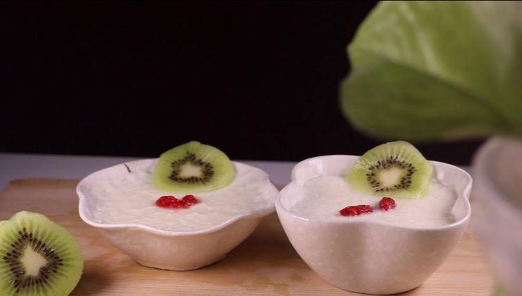 双皮奶的家常做法,香甜爽口好吃又过瘾!
