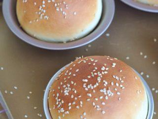 蔬菜总荟汉堡,使用烤箱,180度烘烤15分钟。