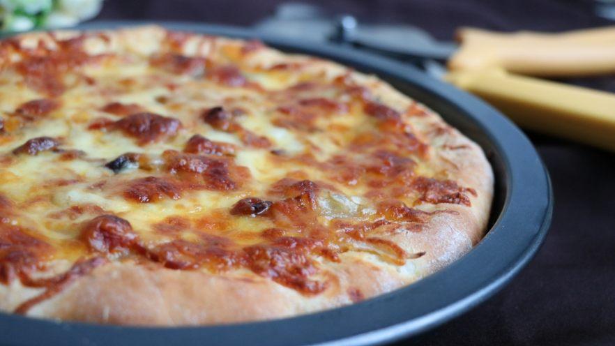 双酱培根披萨