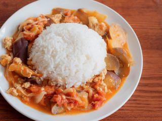 开胃番茄咖喱饭