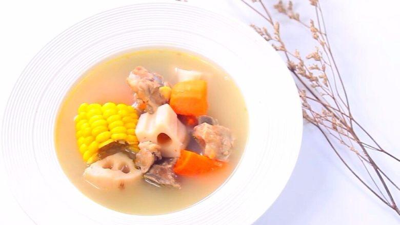 胡萝卜莲藕排骨汤  宝宝辅食,鲜甜营养