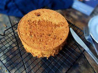 红糖红枣戚风蛋糕,成品图展示;