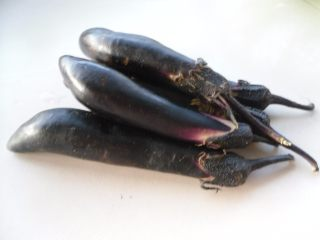 焦熘茄条,主料: 茄子
