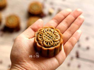 【斑纹豆沙莲蓉月饼】自制红豆沙+白莲蓉,成品~