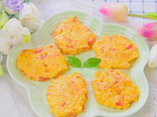 番茄鸡蛋奶酪米饼 宝宝辅食,奶香软嫩口感好