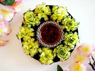 黄瓜花朵拼盘,成品图。