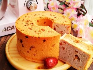 红枣紫薯戚风蛋糕,枣香浓郁,口感丰富。