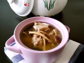 茶树菇排骨汤,成品图