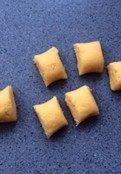 番薯麻圆 ,将面团搓成长条,再切成大小相同的等份