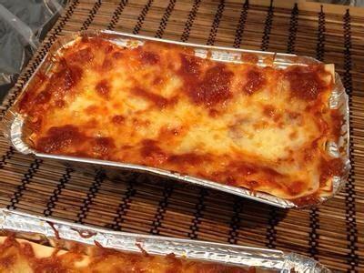 意大利肉酱千层面,放入烤箱280度,40分钟左右,第一层变成棕色就可以了。