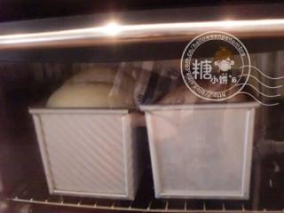 古法白馒头,烤箱预热175℃烤40分钟.中途加盖锡纸