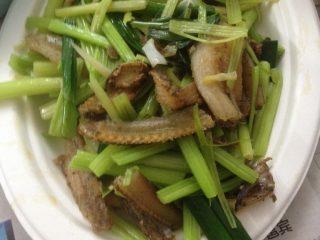 白鳝炒芹菜